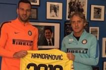 Ханданович подписал новый контракт с миланским клубом