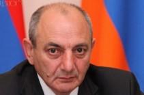 Президент НКР поздравил президента Армении с днем рождения
