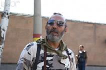 «Սասնա ծռեր» խմբի անդամ Աշոտ Պետրոսյանը երկու ամսով կալանավորվել է. Պաշտպան