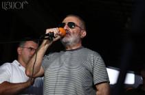 """""""Հիմնադիր խորհրդարան"""". Ալեք Ենիգոմշյանին տարել են ԱԱԾ"""