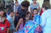 Դպրոցական պայուսակներ ու գրենական պիտույքներ` արցախցի երեխաներին