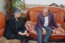 Сейран Оганян посетил подразделения ВС Армении в северо-восточном направлении границы