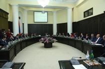 Հայաստանի լավագույն ուսուցիչներին 10 միլիոն դրամով մեքենաներ կգնեն