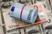 Դոլարի և եվրոյի գինը նախորդ օրվա համեմատ ընկել է