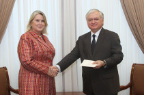 Посол Финляндии вручил копии верительных грамот главе МИД Армении
