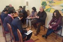 Օմբուդսմենն այցելել է «Աբովյան» ՔԿՀ, զրուցել անչափահաս և կին կալանավորված անձանց ու դատապարտյալների հետ