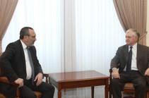 Главы МИД Армении и НКР обсудили процесс карабахского урегулирования