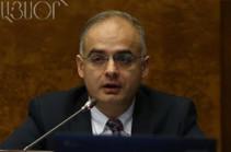 Լևոն Զուրաբյանն առաջարկում է վարչապետի հայտարարած՝ առանց խոչընդոտի ներկրման հարցը քննարկել ԱԺ-ում (Ուղիղ)