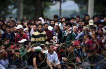 2016 թվականի սկզբից Գերմանիայում փախստականների ապաստանների վրա կատարվել է 877 հարձակում