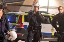 В результате нападения в кафе в Стокгольме погибли два человека