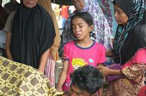 Число жертв землетрясения в Индонезии достигло 92 человек