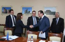 В Минобороны Армении обсуждены вопросы отношений с ЕС в сфере безопасности и обороны