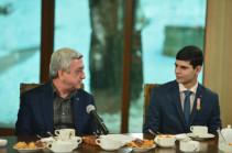 Նախագահ Սերժ Սարգսյանը նշել է երեք սկզբունքները, որոնցով պետք է առաջնորդվի Հայաստանը ՝ սպառազինություն ձեռքբերելիս