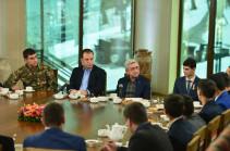 Նախագահ Սերժ Սարգսյանը համոզված է, որ սահմանադրական փոփոխությունները բանակի մարտունակության վրա միայն դրական են ազդելու