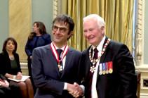 Կանադայի կառավարությունն Ատոմ Էգոյանին շնորհեց Կանադայի Ազգային Շքանշանի բարձրագույն տիտղոսը