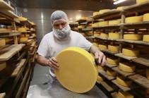 Россия запретила ввоз белорусского сыра
