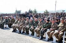 Президенты Армении и НКР посетили ряд воинских частей Армии обороны