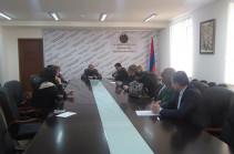 Минобразования: 12 директоров старших школ должны представить объяснения в ЦИК Армении