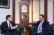 Վիգեն Սարգսյանը հանդիպել է ՀՀ-ում Չինաստանի Ժողովրդական Հանրապետության արտակարգ և լիազոր դեսպանին
