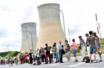 50  հազարից ավելի մարդ 90 կմ-անոց «կենդանի շղթա» է կազմել՝ պահանջելով Բելգիայում փակել ԱԷԿ-ները