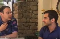 Գարիկ Մարտիրոսյանը դիմել է Հենրիխ Մխիթարյանի օգնությանը, որպեսզի համոզի կնոջը (տեսանյութ)