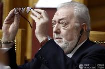 Глава ПАСЕ хочет оспорить решение по поправкам об отстранении от должности
