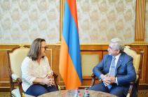 Президент Армении принял главного куратора международного триеннале современного искусства «СТАНДАРТ»