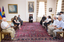 Ամենայն Հայոց Կաթողիկոսն ընդունեց ԱՄՆ Հայոց Արևելյան թեմի ուխտավորներին