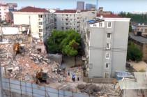 В Шанхае при обрушении здания погибли пять человек (Видео)