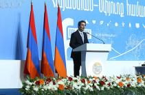 Правительство Армении намерено на 25 процентов повысить среднюю зарплату