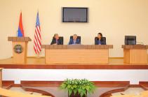 Ашот Гулян: В Арцахе постоянно ощущают содействие Комитета по армянским вопросам Конгресса США