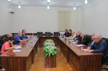 Արցախի հնարապետության պատգամավորները հանդիպել են Արցախ ժամանած թուրք հանրային գործիչների հետ