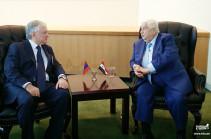Армения надеется на скорейшее мирное урегулирование сирийского кризиса