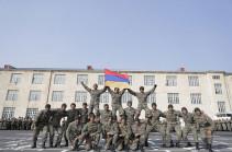 Հայաստանում տոնել են զինված ուժերի հրթիռային զորքերի և հրետանու կազմավորման 25-րդ տարեդարձը (Լուսանկարներ)