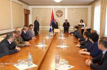 Бако Саакян принял генерального консула Республики Армения в Лионе