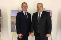 Рубен Садоян встретился с Чрезвычайным и Полномочным Послом Чешской Республики в Грузии