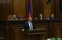 Наапетян: Контрольная функция парламента не предполагает вмешательства в вопросы оперативного управления ВС