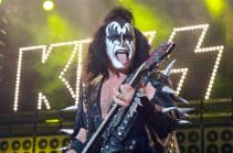Սեռական ոտնձգությունների մեղադրանքով Kiss խմբի հիմնադիրներից մեկի դեմ հայց է ներկայացվել