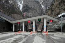 МЧС Армении: Дорога Степанцминда – Ларс открыта для всех видов транспорта, за исключением грузовиков