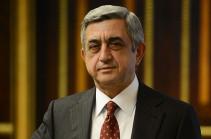 Президент Армении посетит Париж и Страсбург