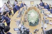 Оппозиционные фракции предлагают созвать парламентские слушания по деятельности ЦИК