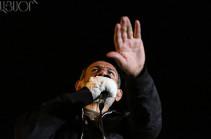 Никол Пашинян отменил встречу с и.о. премьера Армении Кареном Карапетяном