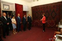 Бако Саакян присутствовал на торжественной церемонии открытия выставки арцахских ковров