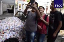 15 հազար ինքնասոսնձվող նկար՝ մեկ ավտոմեքենայի վրա (Տեսանյութ)