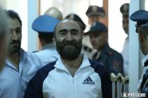Павел Манукян утверждает, что в полицейского стрелял Эдвард Григорян, однако адвокат опровергает