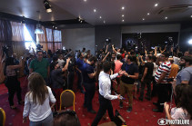 ՀՀ երկրորդ նախագահ Ռոբերտ Քոչարյանի մամուլի ասուլիսը տապալվեց (Տեսանյութ)