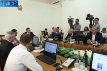Представители всех парламентских фракций будут участвовать в работе Следственной комиссии