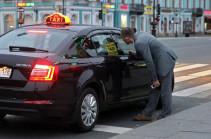 В Госдуме предложили запретить иностранцам работать водителями такси