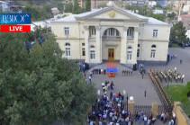 Ворота резиденции на Баграмяна 26 открыты для граждан (Видео)