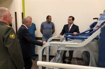 Բակո Սահակյանն այցելել է Հայրենիքի պաշտպանի վերականգնողական կենտրոն, շփվել այնտեղ ապաքինվող զինծառայողների հետ